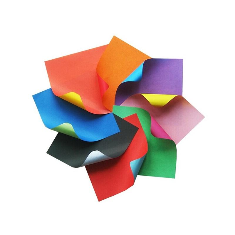 宝贝图片(每张纸都有两个颜色) 【宝贝描述】:智慧树必备80克双面双色手工折纸。每包24张,8个颜色 【宝贝价格】:5.5元一套 【宝贝尺寸】:150*150MM 【宝贝包装】:OPP塑料袋 【宝贝用途】:可以做折纸、手工画等