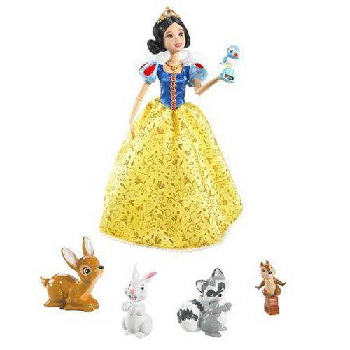 每当小动物们停在白雪公主的手上