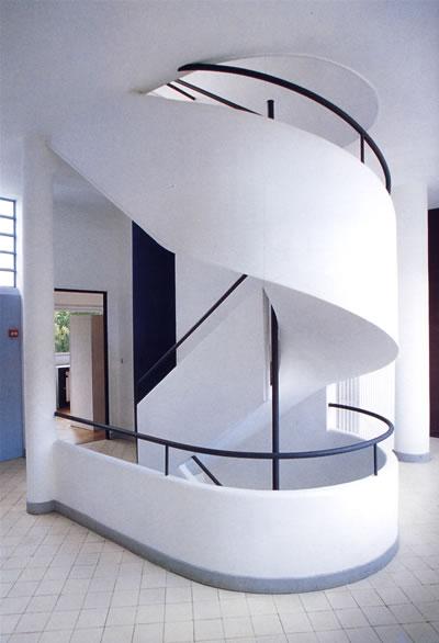靠墙楼梯手绘图